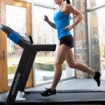 Jak správně běhat na běžeckém pásu